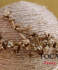 Corona novia porcelana fria dorado NEREIS