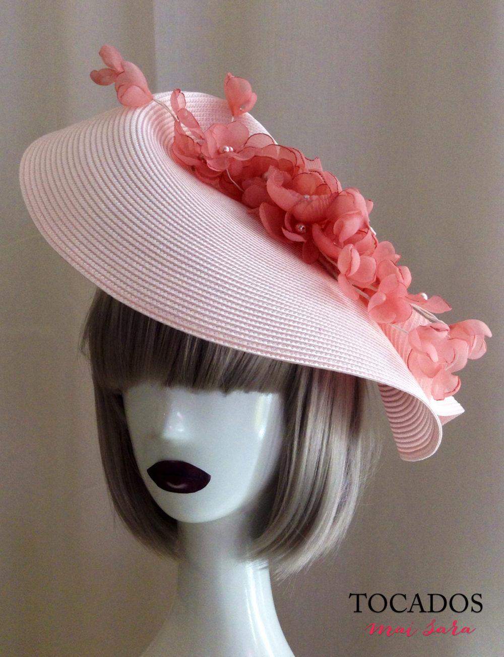 Tocado paja rosa detalle floral GISELLE