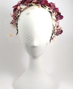 Diadema con tul floral en tonos vino ADELE