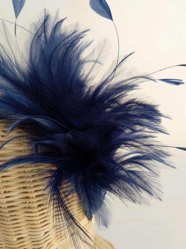 Diadema plumas azul AURA