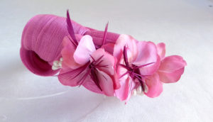 Diadema seda rosa con flores NILO