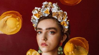 Diadema inspirada en Frida Kahlo 15